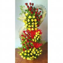 100 Red and Yellow coloured roses 3 Feet arrangement