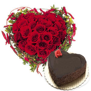 1 Kg chocolate Heart Cake+25 Red Roses Heart