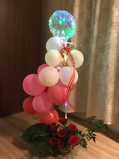10 Air balloons One LED String Light Balloon 8 Roses Basket