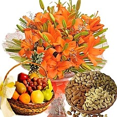 Orange Lilies bouquet with 2 Kg Fresh fruits and 1/2 Kg Dry Fruits