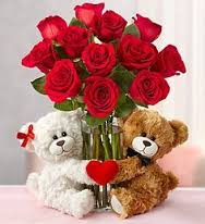 2 Teddy bears (6 inches ) with 8 red roses bouquet