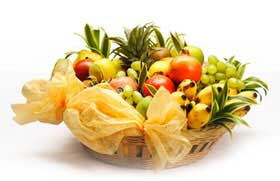 Basket of 2 Kg fresh fruits