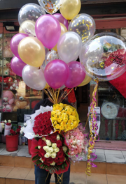 20 gas balloon with 1 Clear transparent Balloon 4 Bouquet of flowers Red Pink Yellow and red white