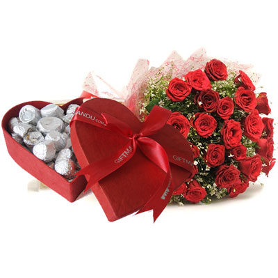 Heart choclate box with 25 Red Roses bouquet