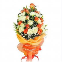18 long stem orange and white roses bouquet