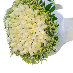 200 White Roses Bouquet
